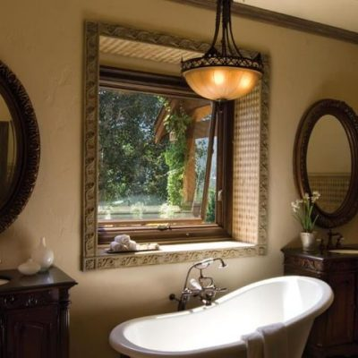 awning_above_tub