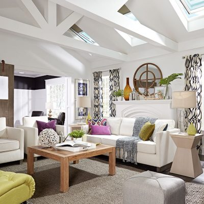 living-room-white-beams-green-chair-after