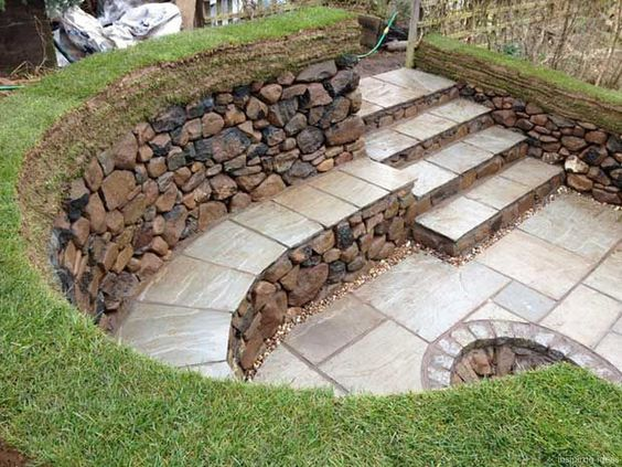 patio-with-retaining-wall-2