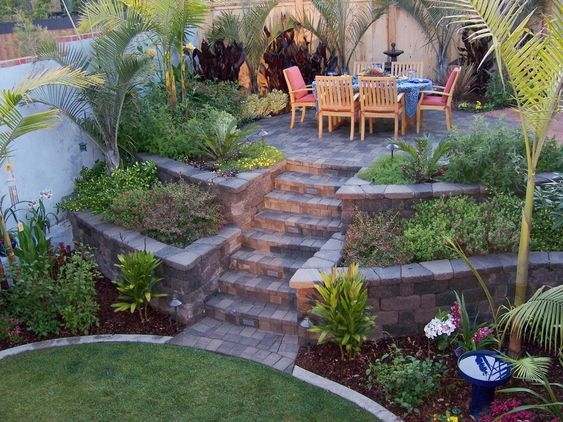patio-with-retaining-wall-4
