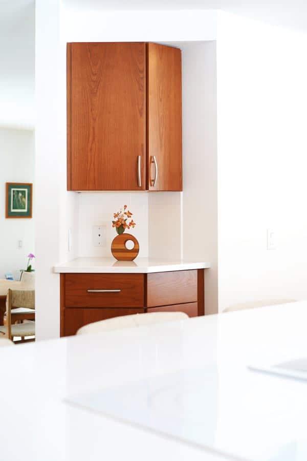 side_cabinet