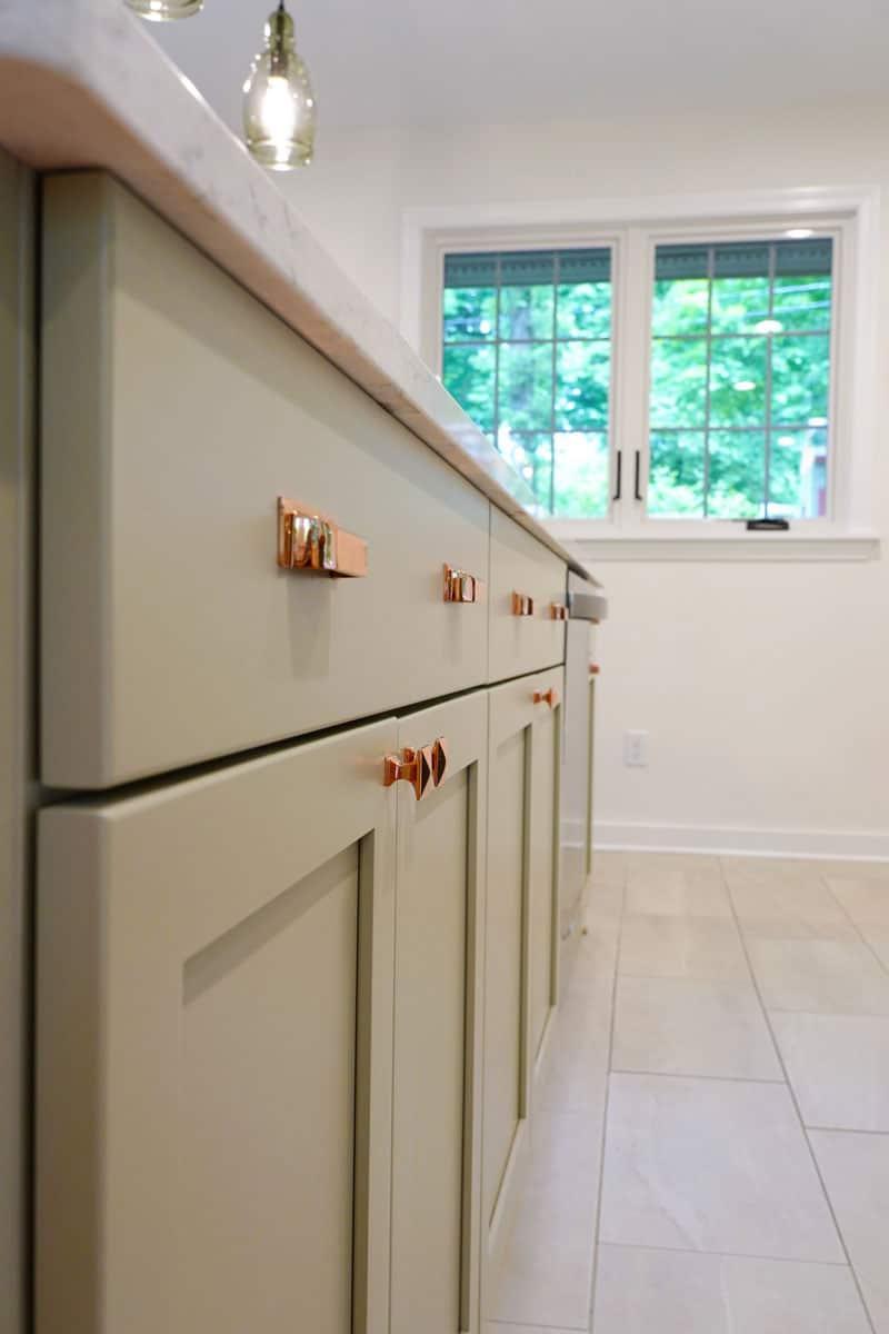 cabinets_island