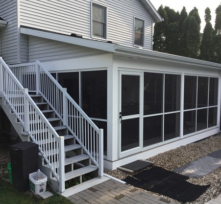 AZEK® Deck & Screen Room